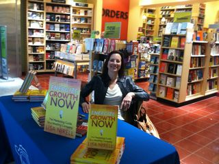 Borders BWI Signing 2011