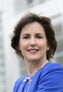 Author Amanda Setili